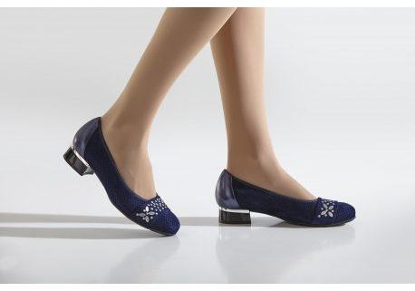 Manoletinas zapato de mujer en Personas WIP